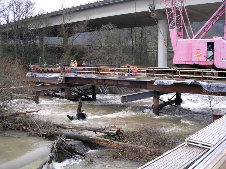 I 5 Willamette River Bridge Crane Trestle 1