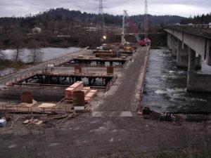 I 5 Willamette River Bridge Crane Trestle 4