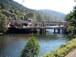 McKenzie River Bridge Work Bridge and Containment Platform 1