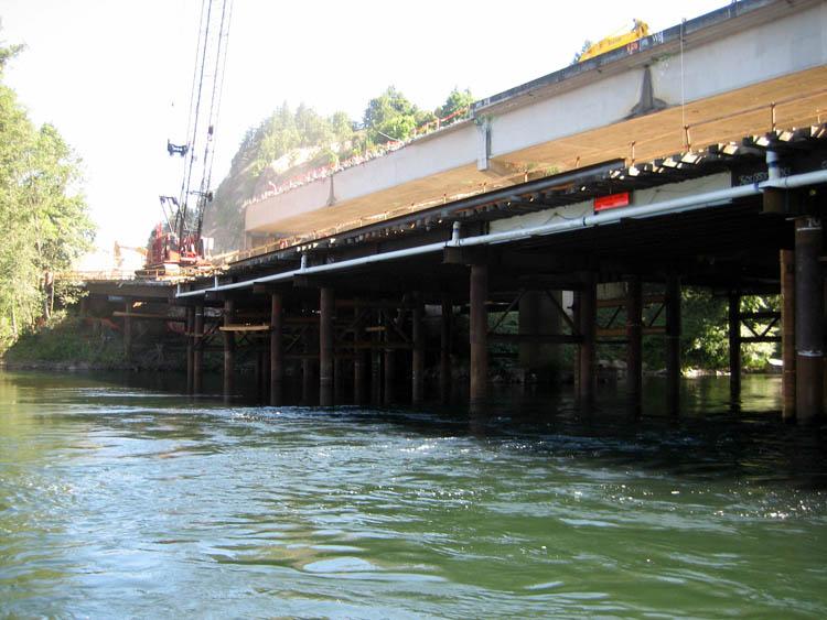 McKenzie River Bridge Work Bridge and Containment Platform 2